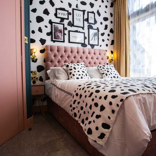 Beds with 13.5 tog duvets and bounce back pillows